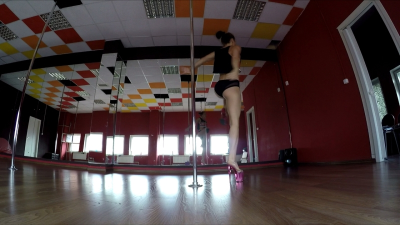 Exotic pole dance combo Lena Shershova