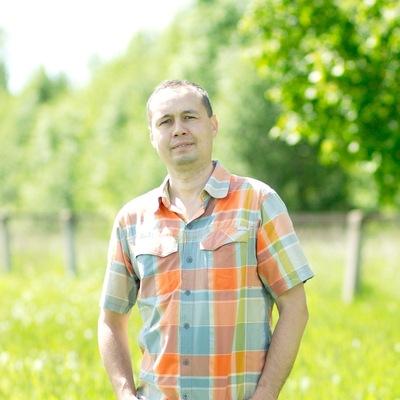Василий Моисеев