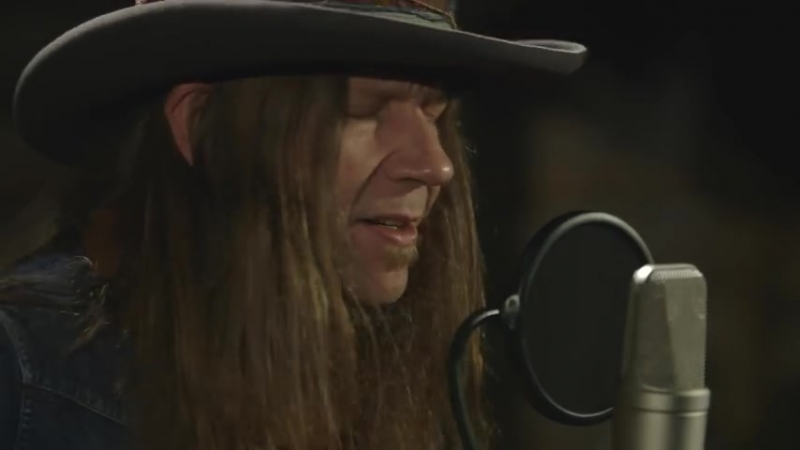 Blackberry Smoke One Horse Town Acoustic Live at Google YouTube 480 X 854 mp4
