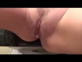 Сын успокоил и трахнул маму кончив внутрь, creampie sex fuck pussy tit incest girl mom hot ass (инцест со зрелыми мамочками 18+)