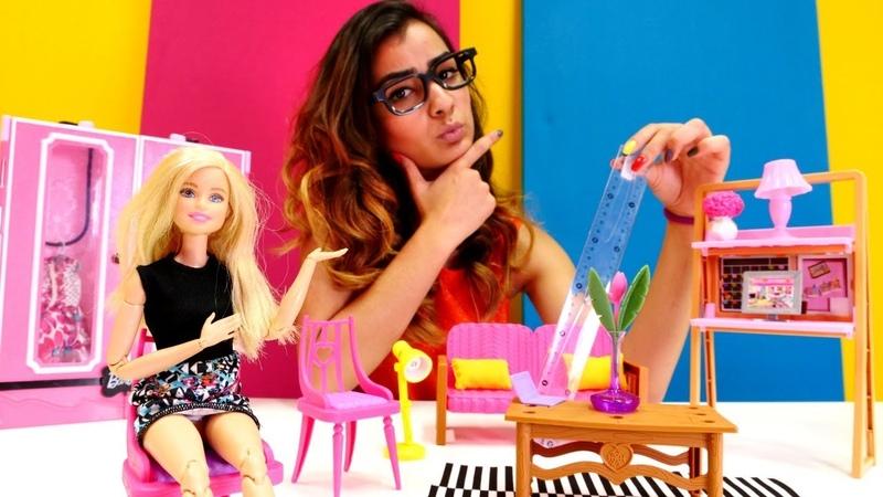 Barbie ile oyuncak videoları. Barbie evini yeniden dekore ediyor