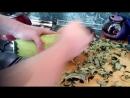Как быстро очистить старый кабачок