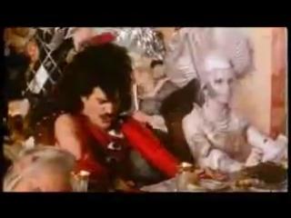 Queen - It's a hard life - мой самый любимый клип!