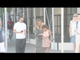 Heidi Klum with daughter and boyfriend Tom Kaulitz walk to dinner in NYC.mp4