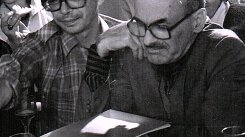 Булат Окуджава - Товарищ Надежда по фамилии Чернова