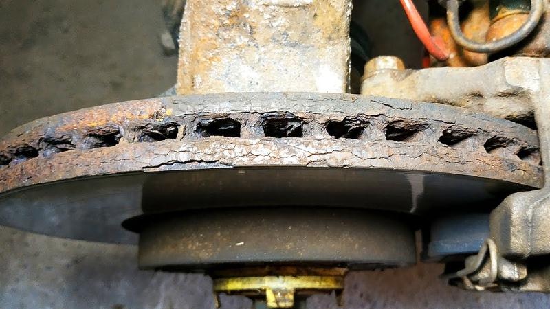 Чем отличаются вентилируемые тормозные диски от невентилируемых