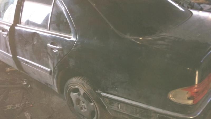 В разборе Mercedes Benz E W210 E-Klasse (Мерседес Бенц) ДВС 2.3 149л.с. 111970 / АКПП Седан 1996г.