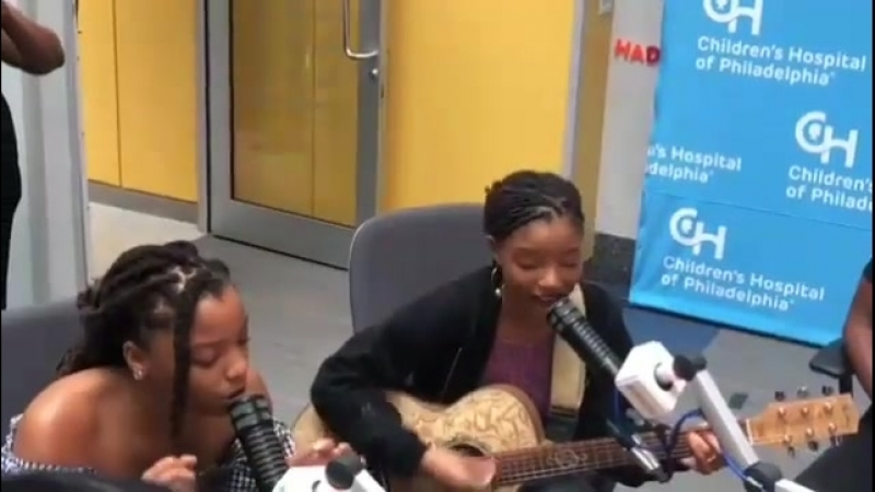 Chloe x Halle singing for patients at the Childrens Hospital of Philadelphia (July 30)