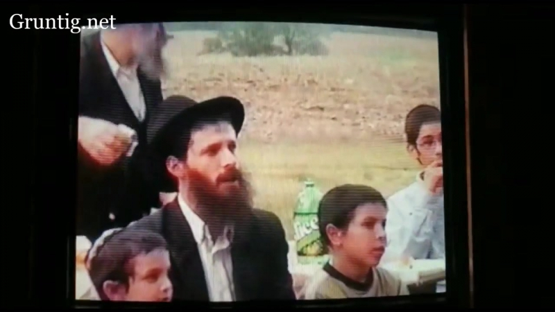 13 Year Old Benny sings at Sholom Mordechais Backyard in Postville, 20 Years Later in Monsey