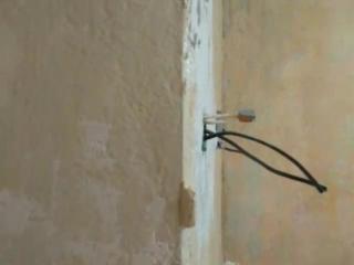Монтаж встроенного выключателя, проходной розетки, бра. Подключение в распределительной коробке..mp4