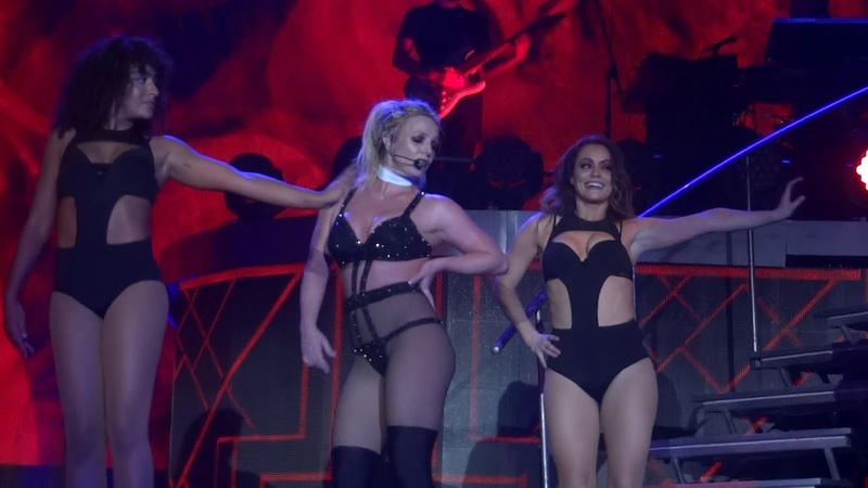 Britney Spears - Freakshow (Live in Antwerp, Piece Of Me Tour - Sportpaleis) HD