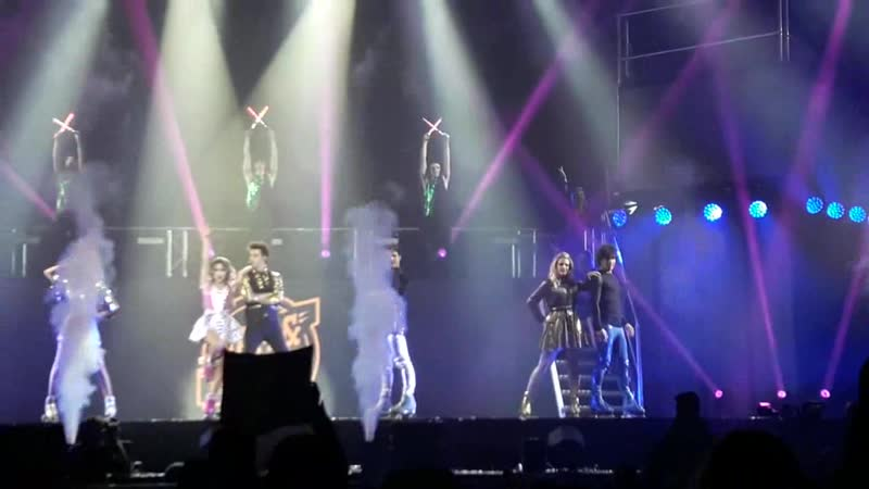 Final siempre juntos - SoyLuna Live Madrid1