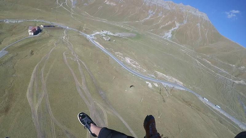 14102018 5 gudauri paragliding полет гудаури بالمظلات، جورجيا بالمظلات gudauriparagliding com 5 — ко