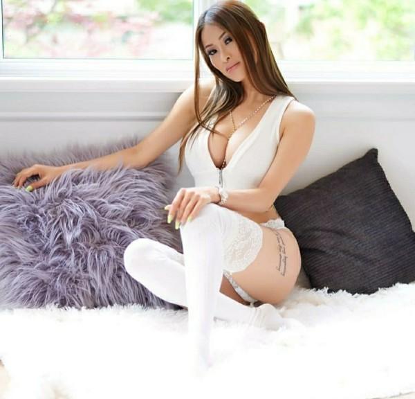 Behaarten asiatischen goth Sex porno Mdchen