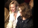 2018: Наталия Дайер и Наоми Уоттс на показе мод Zadig Voltaire 3