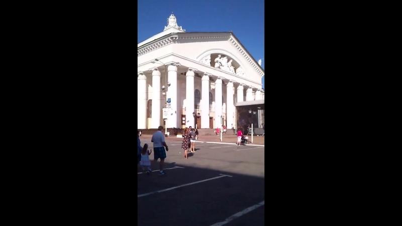 La plaza del Teatro (Kaluga) (Театральная площадь).