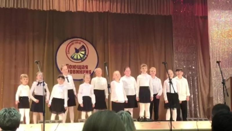 «Про Емелю» м.Я.Дубравина; «Дудочка-дуда» белорусская народная песня . Вок. ансамбль Созвездие младшая группа