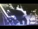 Предполагаемый убийца директора магазина сантехники в Казани попал на видео