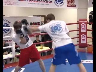 Дмитрий Кудряшов избивает двух Чеченцев подряд
