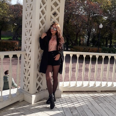 Анна Лахина