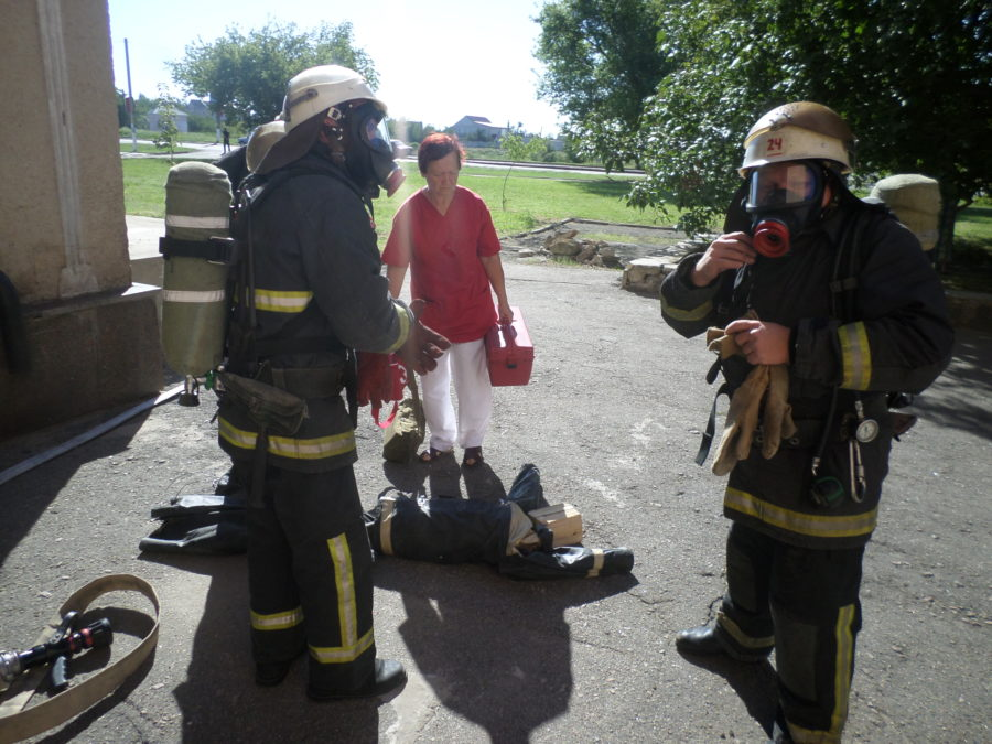На базі Снігурівського РБК були проведені тактико-спеціальні навчання ГУ ДСНС.