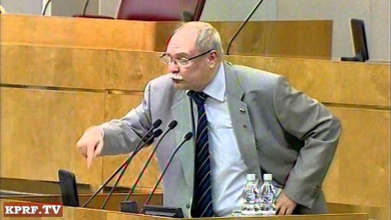 В.В. Бортко: Нас заставляют сидеть на трубе