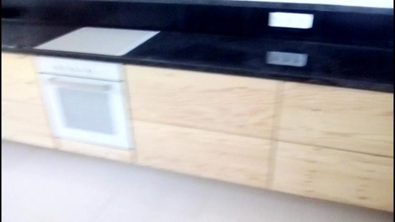 Кухня из дерева .
