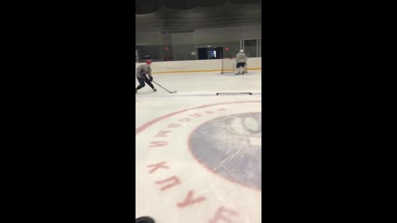 Комплексная подготовка на льду для хоккеистов в тренировочном центре LarionovHockeyGym