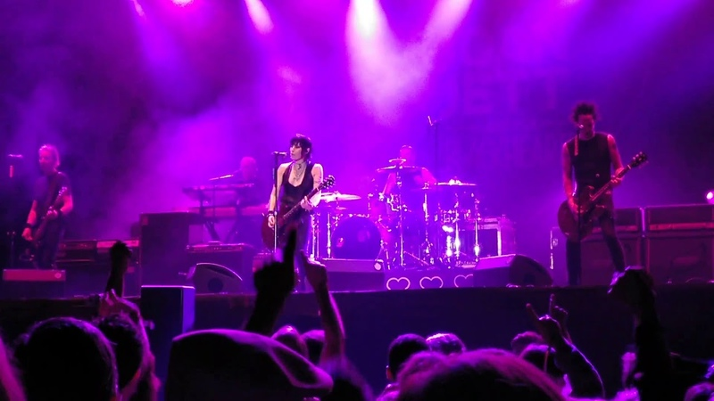 Joan Jett Directo Live I Hate Myself For Loving You