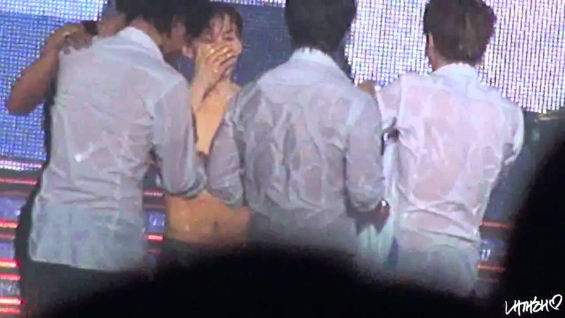 SUPER JUNIOR - SS4 Tokyo Dome _ Sexy Water Show