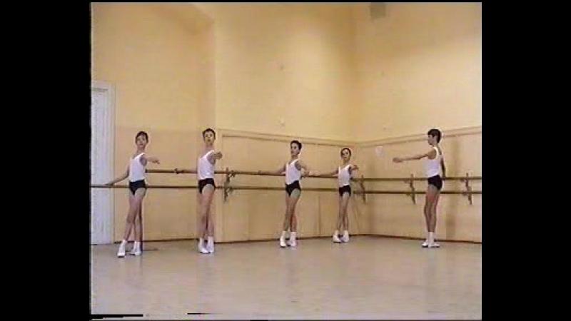 уроки Найдича Юрия Михайловича -2 й год обучения Академия Русского балета имени А.Я. Вагановой