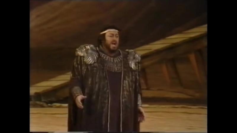 27 марта - Всемирный День театра- Luciano Pavarotti_ Celeste Aida