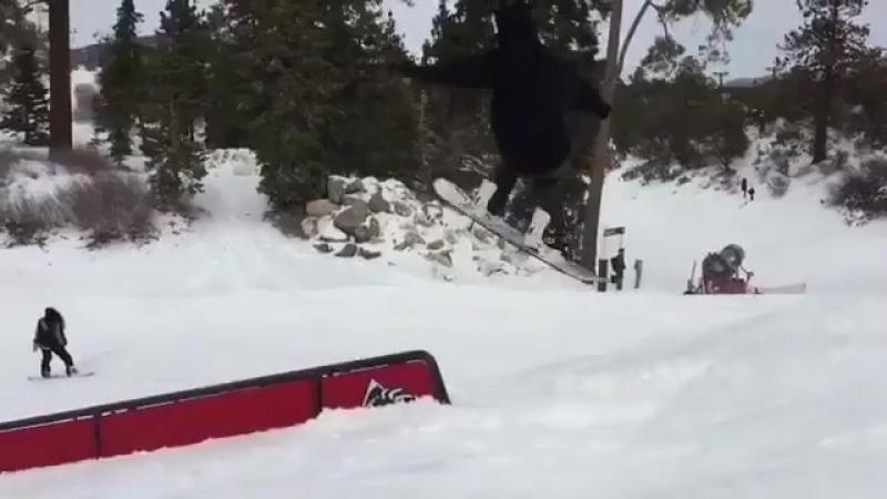 🏂 @ buzzholbrook snowboardingarborarborsnowboardsrussiasunsportmoodарборсноубордроссиямоскваmoscowsaintpspbsaint