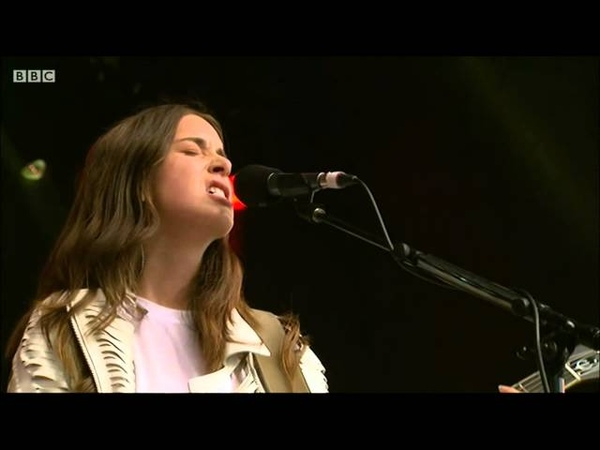 HAIM - Honey I (Live at Glastonbury 2014)