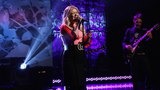 Kelly Clarkson Sings I Dont Think About You