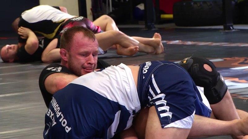 Шлеменко начал подготовку к поединку с бразильцем Сильвой