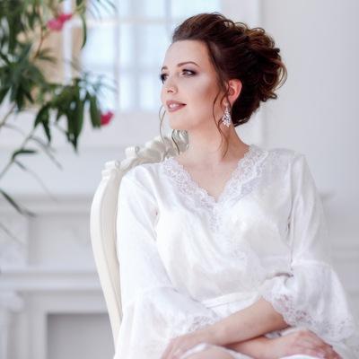 Юлия Бузина