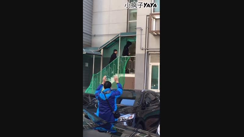20181112у01 小疯子YaYa MinXue