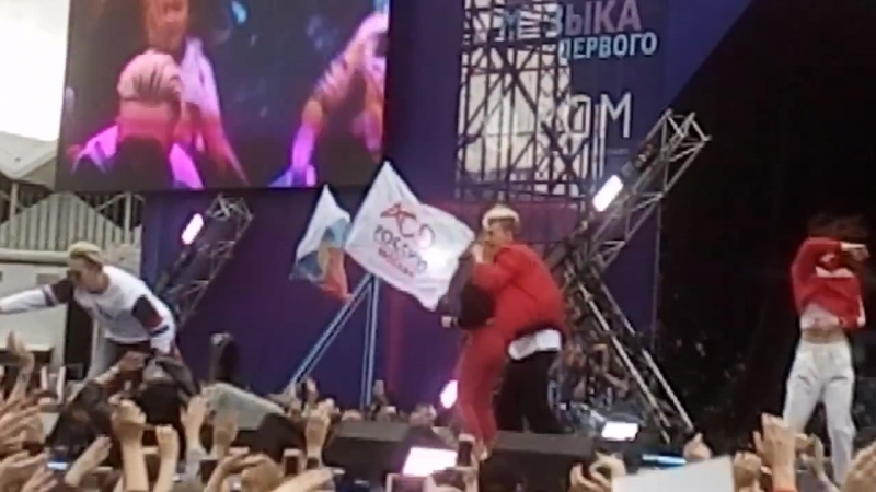 Никита Златоуст на маевка лайв 2018