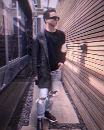 ~ з тобою зі мною і годі ~ on Instagram wow he really owns me hi i'm back with another t r a s h edit 👽 ac @averyaudios cc mostly