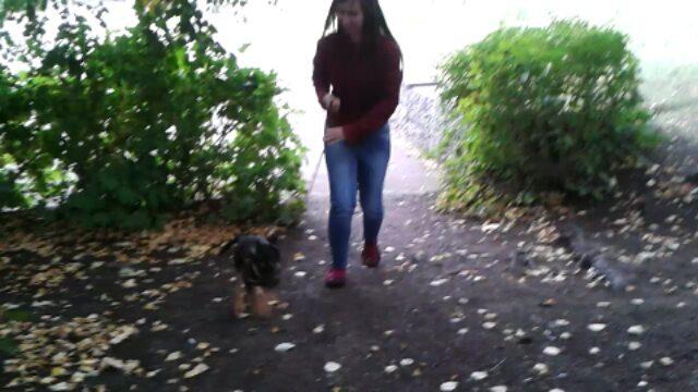 Осторожно злая собака,если увидите нас во время прогулки избегайте нас, если не хотите, чтоб наша собака вас не съела заживо!