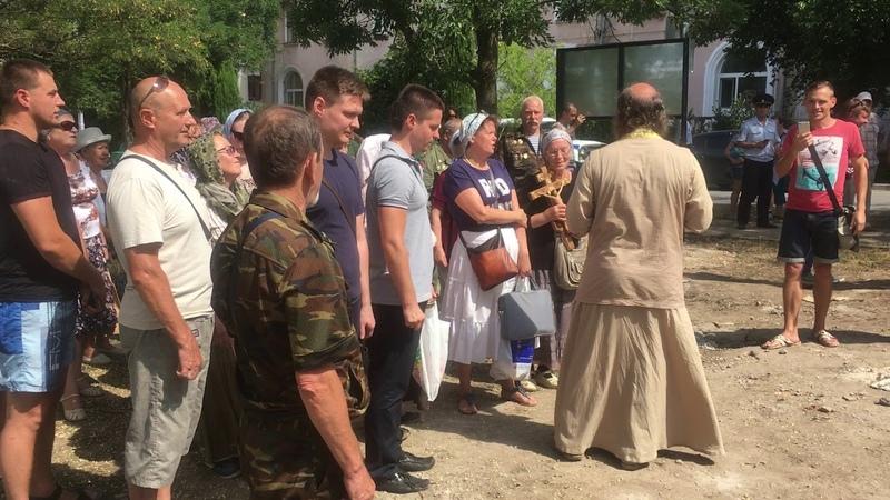 Жители Ушаковой балки против священников III