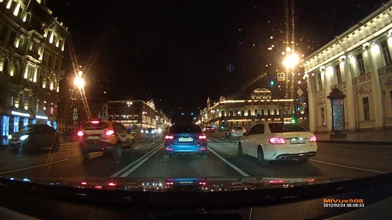дтп аничков мост