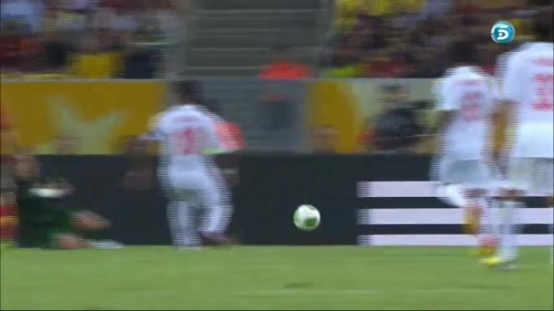 Four-goal brace from Torres over Tahiti on Maracana. Spain 10 - Tahiti 0 (20-06-13) Tele 5