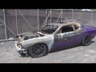 Плачь и смотри: владелец снимает на видео свой горящий Dodge Challenger SRT Hellcat
