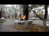 8.12.17 Героев Десантников горит ваз 2107