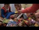 Miss Katy Катя у бабушки Лепит вареники Десерт с червяками Дедушка катает на машине и Много конфет