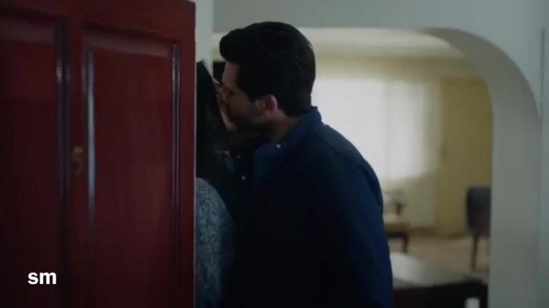 Поцелуи_Зейнеп_и_Эмира_🔥.mp4
