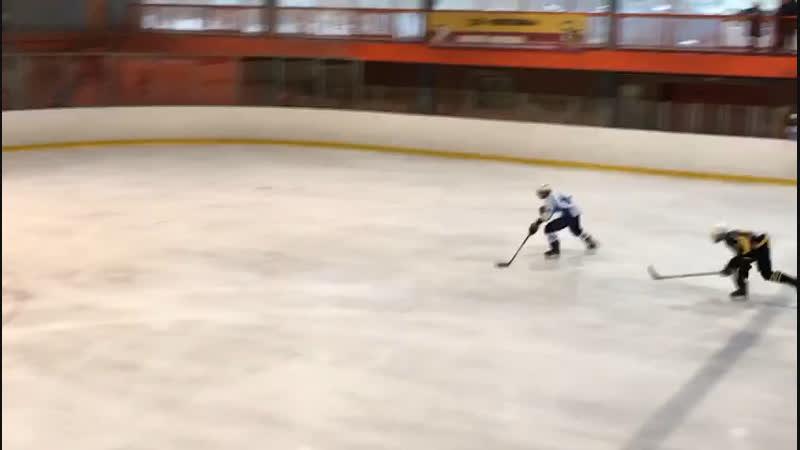 1:8-гол Кондрашова Никиты 15. Пингвины-Белые Медведи.