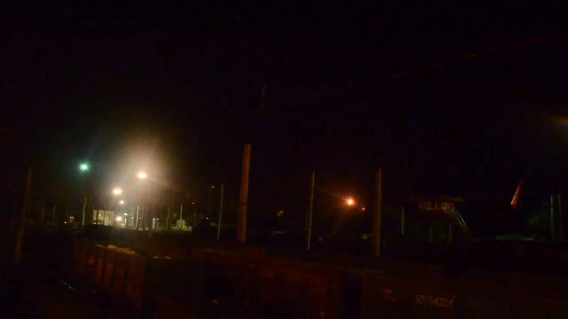 Странные вспышки в небе над Мариуполем